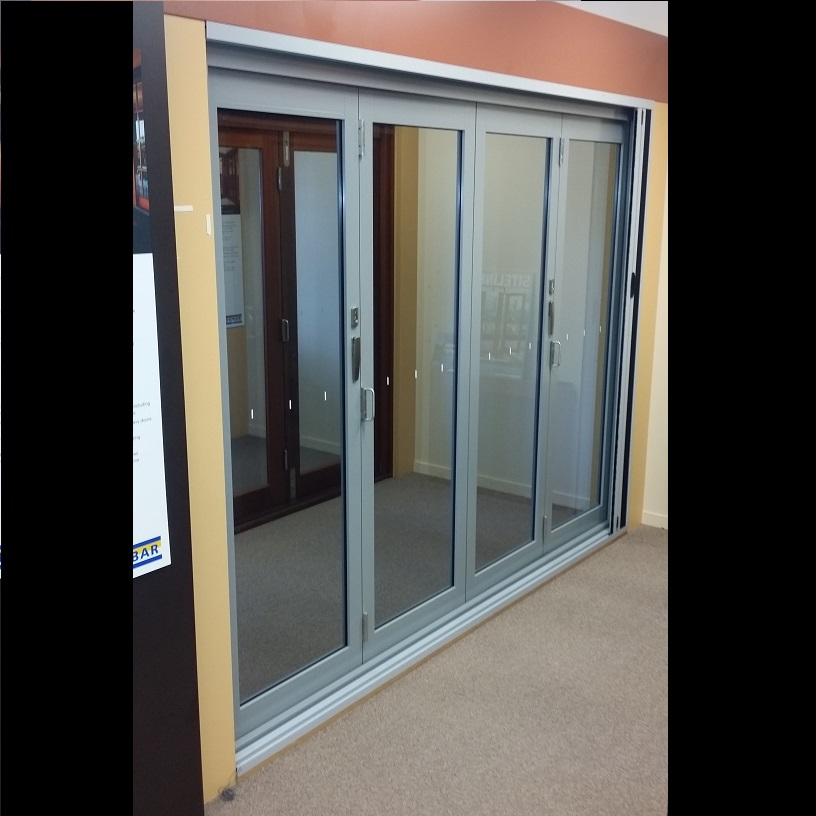New Aluminium Bifold Doors: New 4 Panel Bifold Door with Clear Glass